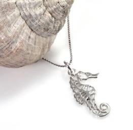 Naszyjnik srebrny z ażurowym Konikiem Morskim