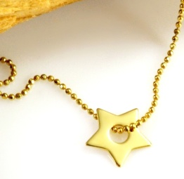naszyjnik z gwiazdką na prezent