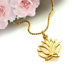 Naszyjnik na piękny prezent z lilią
